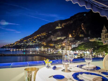 A stunning view, delicious food and romantic ambience at Eolo Restaurant in Amalfi
