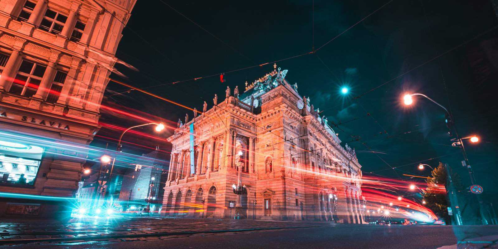 Arriving to Prague airport at night isn't always the most convenient for getting to the city centre, but at least the city is pretty at night!