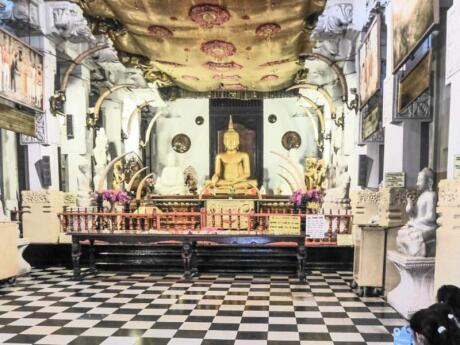 The Buddhist Temple of the Sacred Tooth is a stunning building and a must-see while visiting Kandy in Sri Lanka