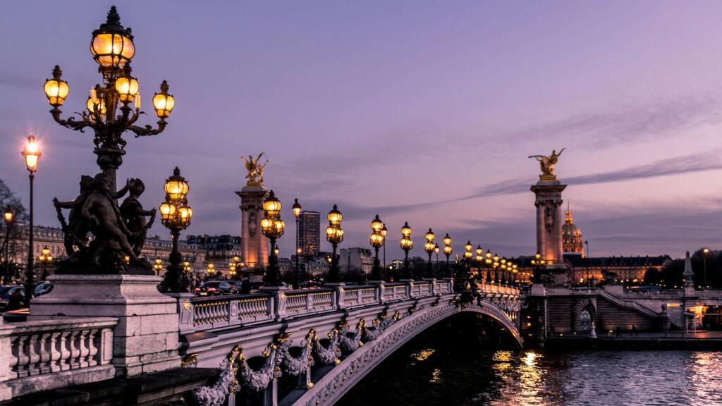 Paris Burgundy and Provence river cruise