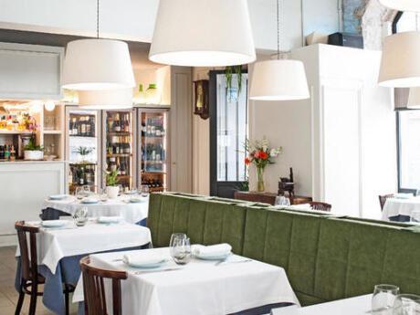 La Estrella est un autre restaurant familial qui sert de délicieux repas dans une atmosphère élégante.