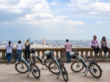 Go on an e-bike tour to see some of Lyon's most beautiful sights without over-exerting yourself