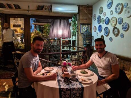 Le restaurant Barbarestan à Tbilissi sert une cuisine incroyable dans une atmosphère vraiment romantique