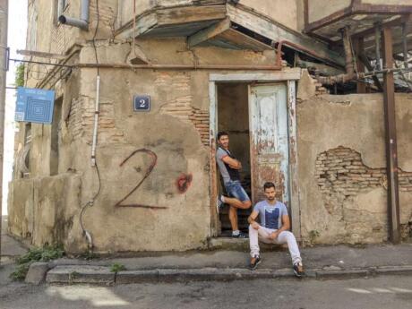 Nous avons adoré explorer la région de la vieille ville de Tbilissi lors d'une visite à pied gratuite