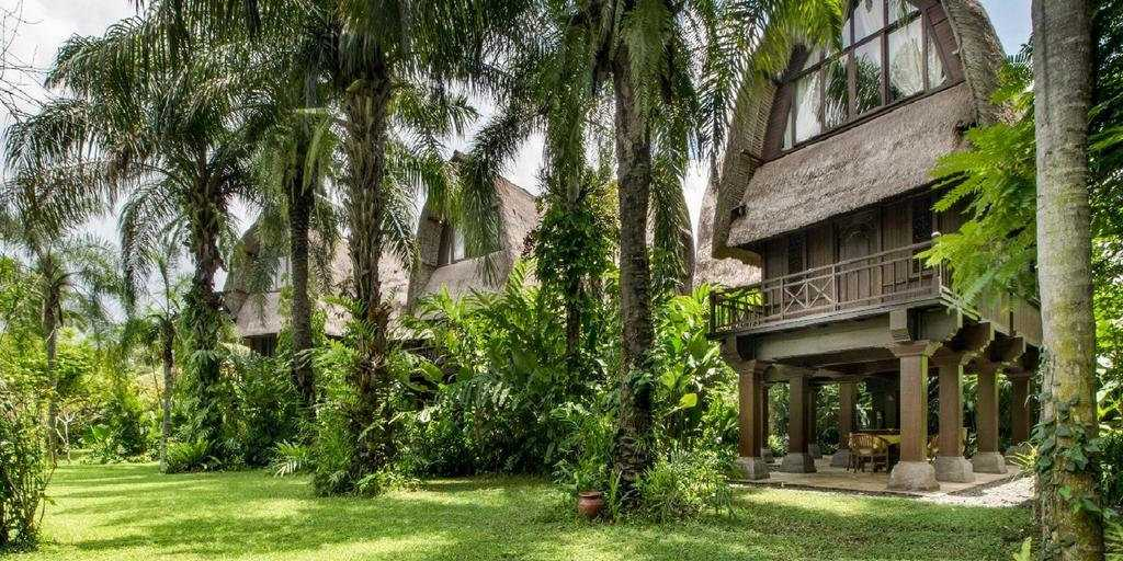 At the Bali Purnati Center for the Arts you can stay in Lumbungs - modern wooden structures that are inspired by classic Balinese rice barns