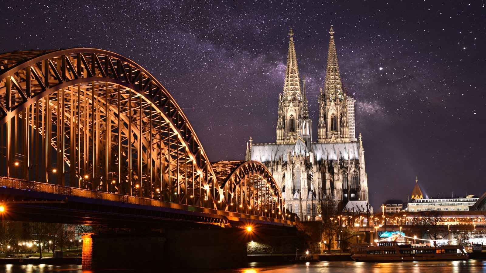 Even if you arrive at Cologne airport late at night you'll beable to reach the city centre easily