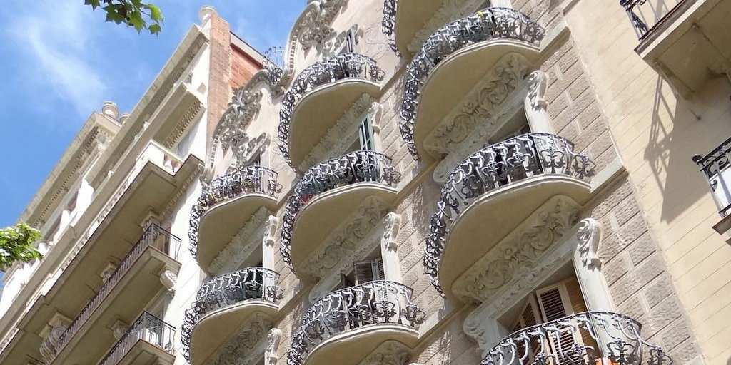 Gay hotels in Barcelona - Hostal Balkonis offers clean and comfortable budget accommodation, some rooms with gorgeous private balconies