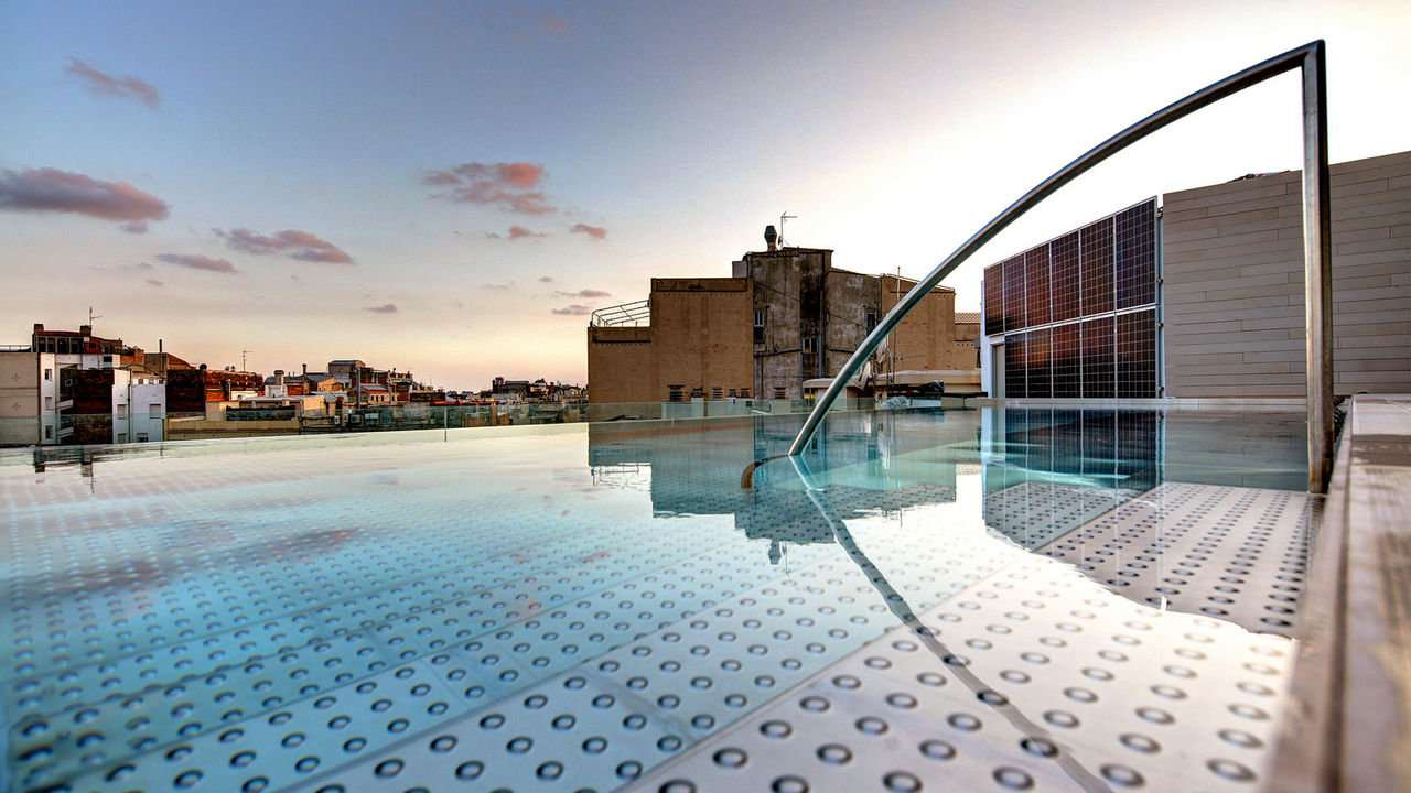For modern, airy and spacious rooms for a variety of budgets, the Olivia Balmes Hotel in Barcelona is an excellent choice