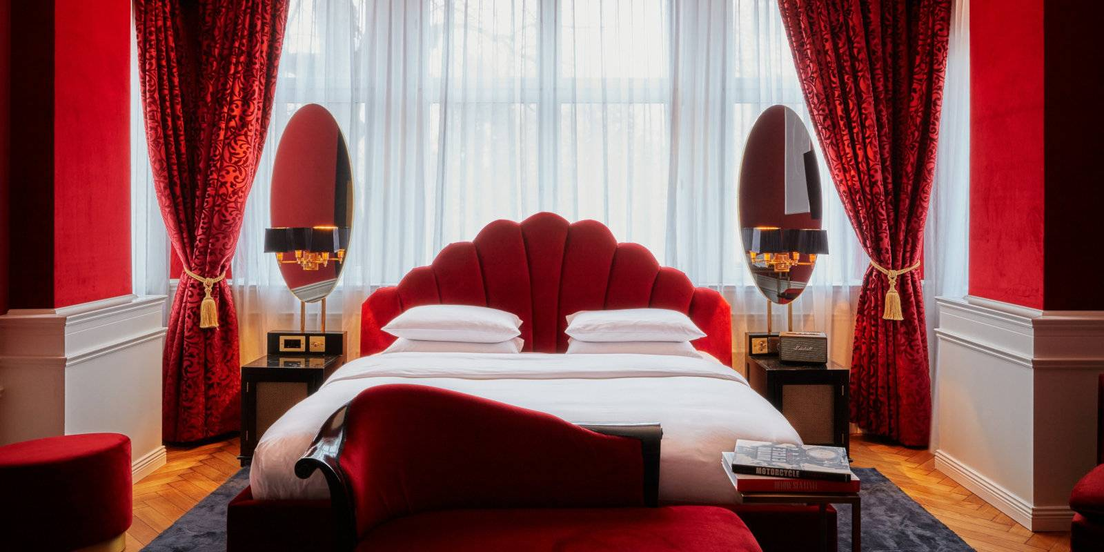 The Provocateur Berlin is a very sexy hotel which also offers a sexy couples' package and lots of erotic details!