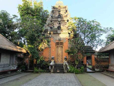 The Puri Saren Palace is where Indonesia's royal family lives, and part of is open for the public to visit!