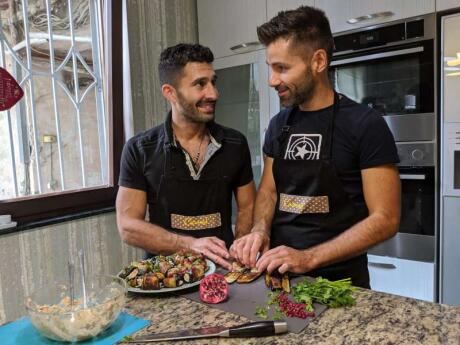 Nous avons appris à faire des Nigvzits Badrijani en Géorgie et ils étaient délicieux!