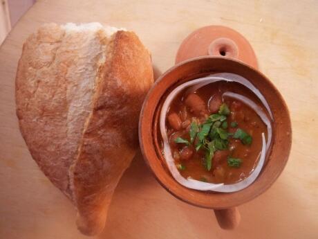 Le Lobio est un délicieux ragoût géorgien qui peut être servi chaud ou froid.