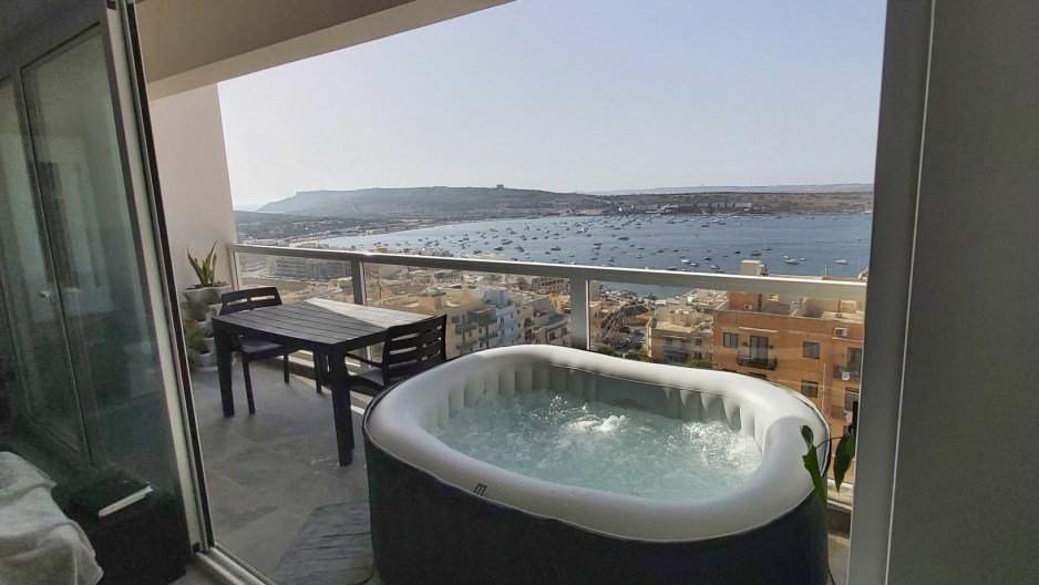 This clothing-optional private room listing on MisterBnB is perfect for gay travellers to Malta who want to meet some gay locals and relax in a home rather than a hotel