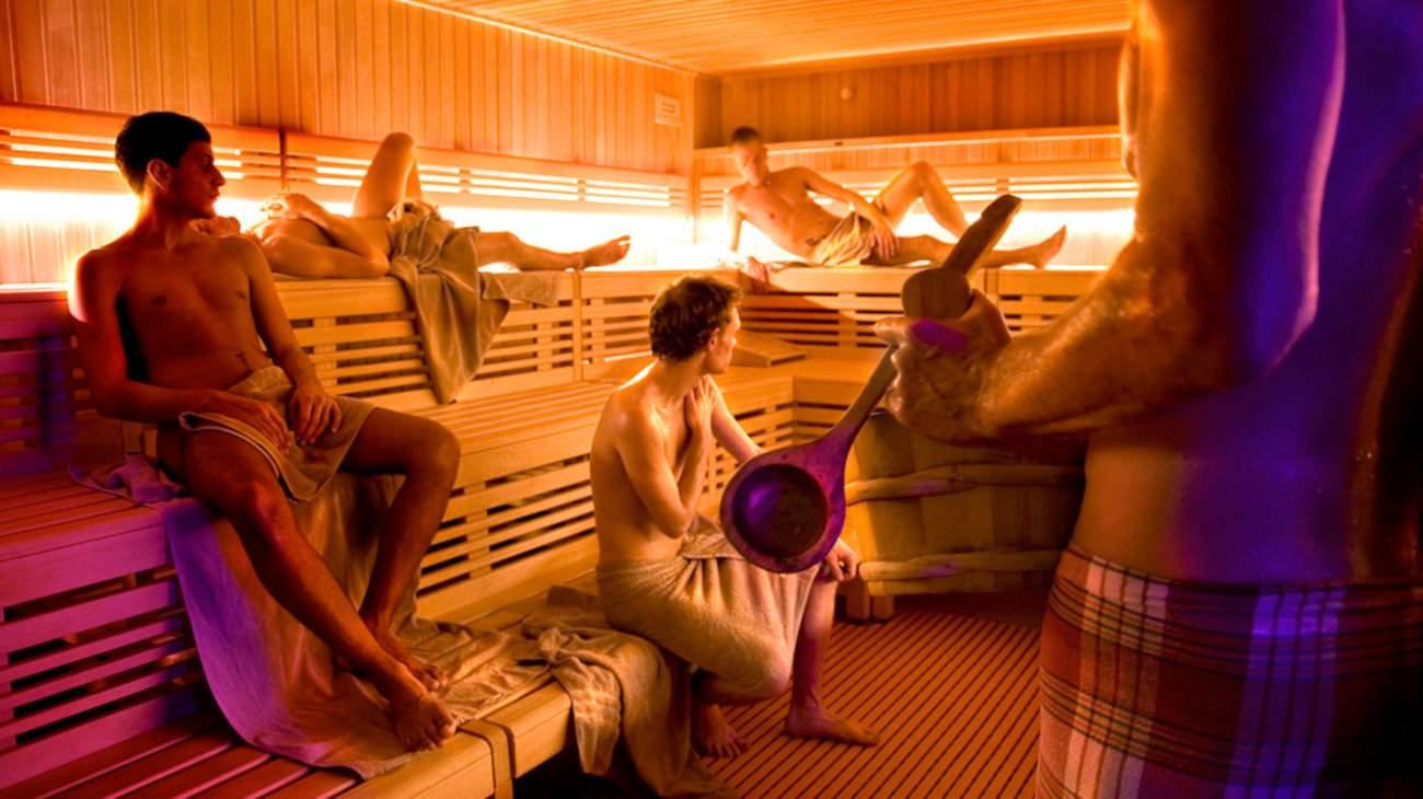 Hay algunas saunas gay excelentes en Colonia, para relajarse y conocer chicos sexys.