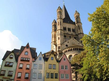 The second-most-famous sight in Cologne is probably the Gross St Martin Church towering above colourful buildings