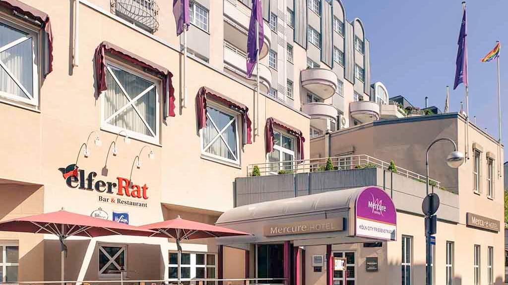 Le Mercure Hotel Friesenstrasse est gay friendly, fabuleusement rose et sert un excellent petit déjeuner.