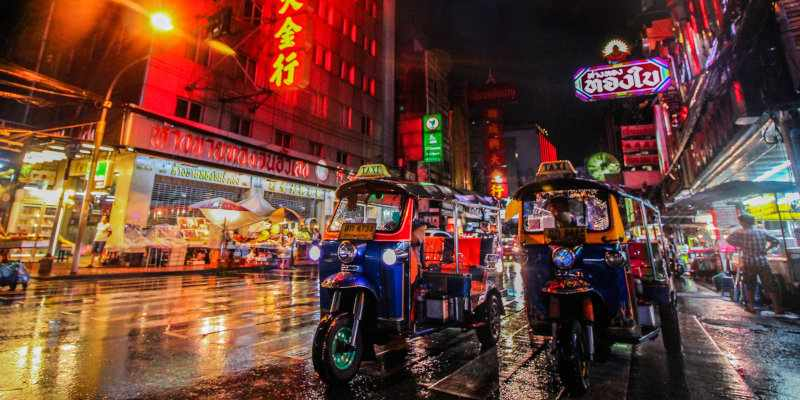 Find out the best things to do while you're visiting the exciting city of Bangkok