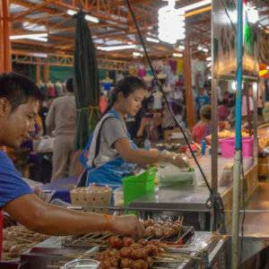 While you're in Thailand you should definitely do a night-time tour of the city and it's bustling markets