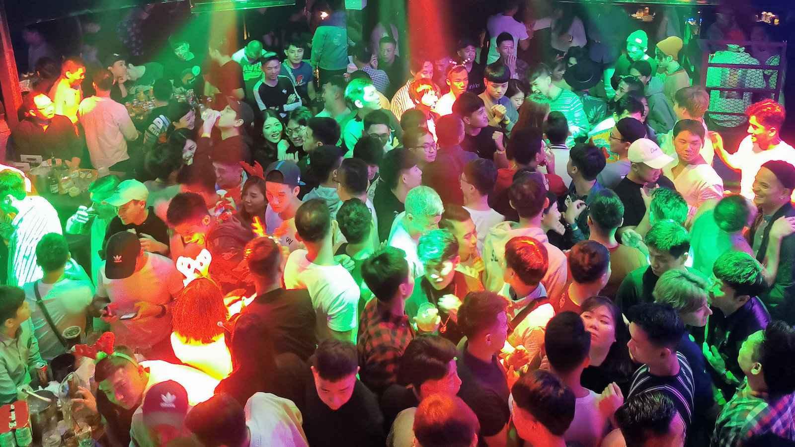 Il n'y a que deux grands clubs gays à Singapour, mais les deux sont une excellente soirée!
