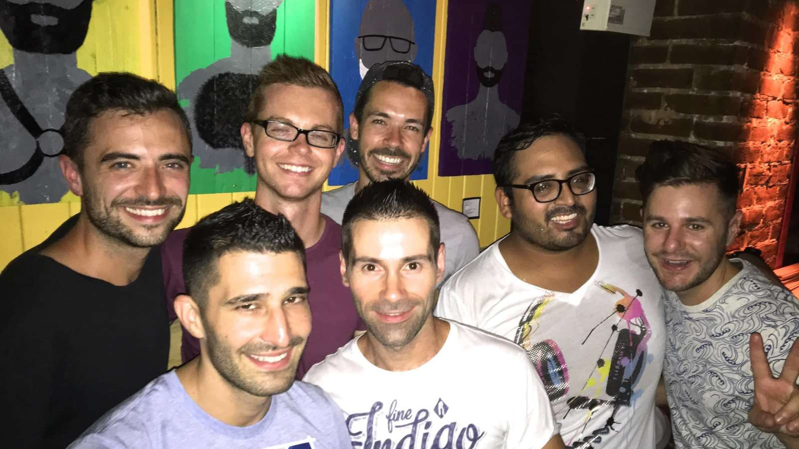 Gay guide Montreal gay bars