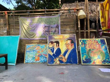 For something a bit different, you can join art workshops at the Lipe Art Garden on Koh Lipe