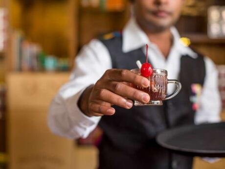 The t-Lounge by Dilmah in Colombo is an interesting place to come and learn about tea, but also to try their many tea-based concoctions including milkshakes, smoothies and cocktails!