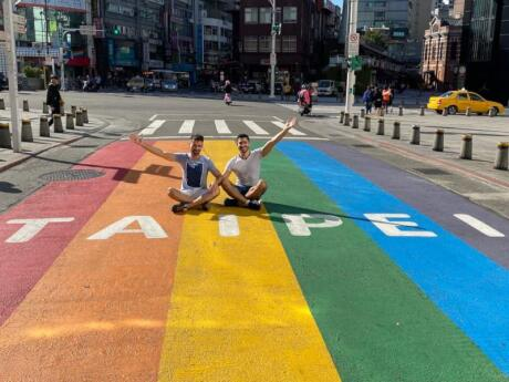 Taipei painted a street crossing in rainbow colours to celebrate the legislation of gay marriage in 2019, and it's now a popular photo spot!