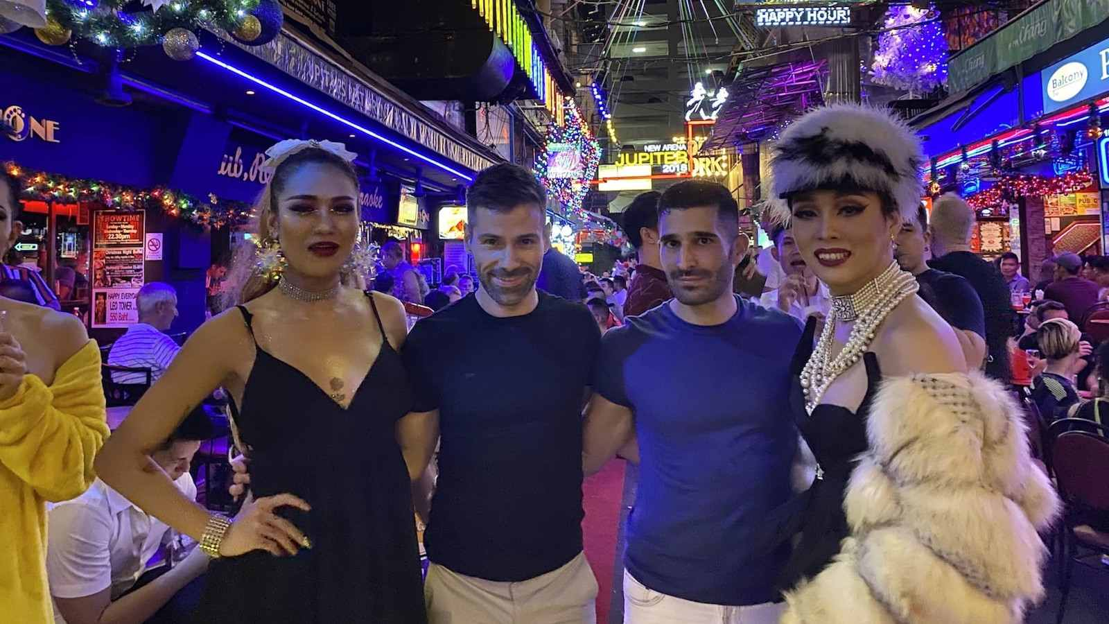 Bangkok's main gay area are the streets of Silom Soi 4 and Silom Soi 2 where there are lots of gay bars and clubs to enjoy