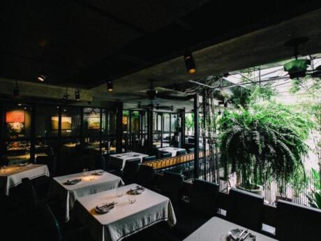 For a fancy and romantic meal in the gay area of Bangkok we love heading to the fusion Eat Me Restaurant