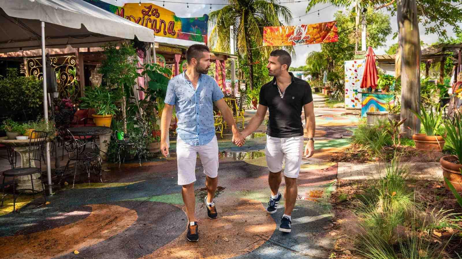 Não deixe de visitar o quarteirão boêmio de cafés e os coloridos locais amigáveis para gays ao longo dos Eucalyptus Gardens enquanto estiver em Fort Lauderdale
