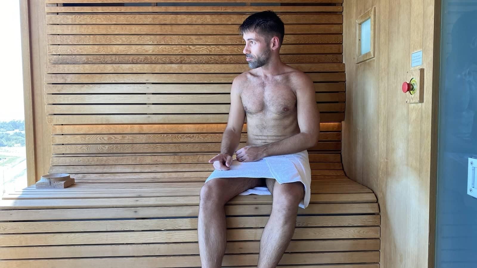 Seby in the Aquarius gay sauna in Phuket