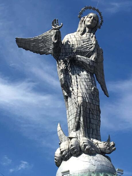 El Panecillo statue of Quito