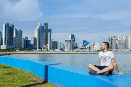 Avenida Balboa in Panama city offers great views of the skyline