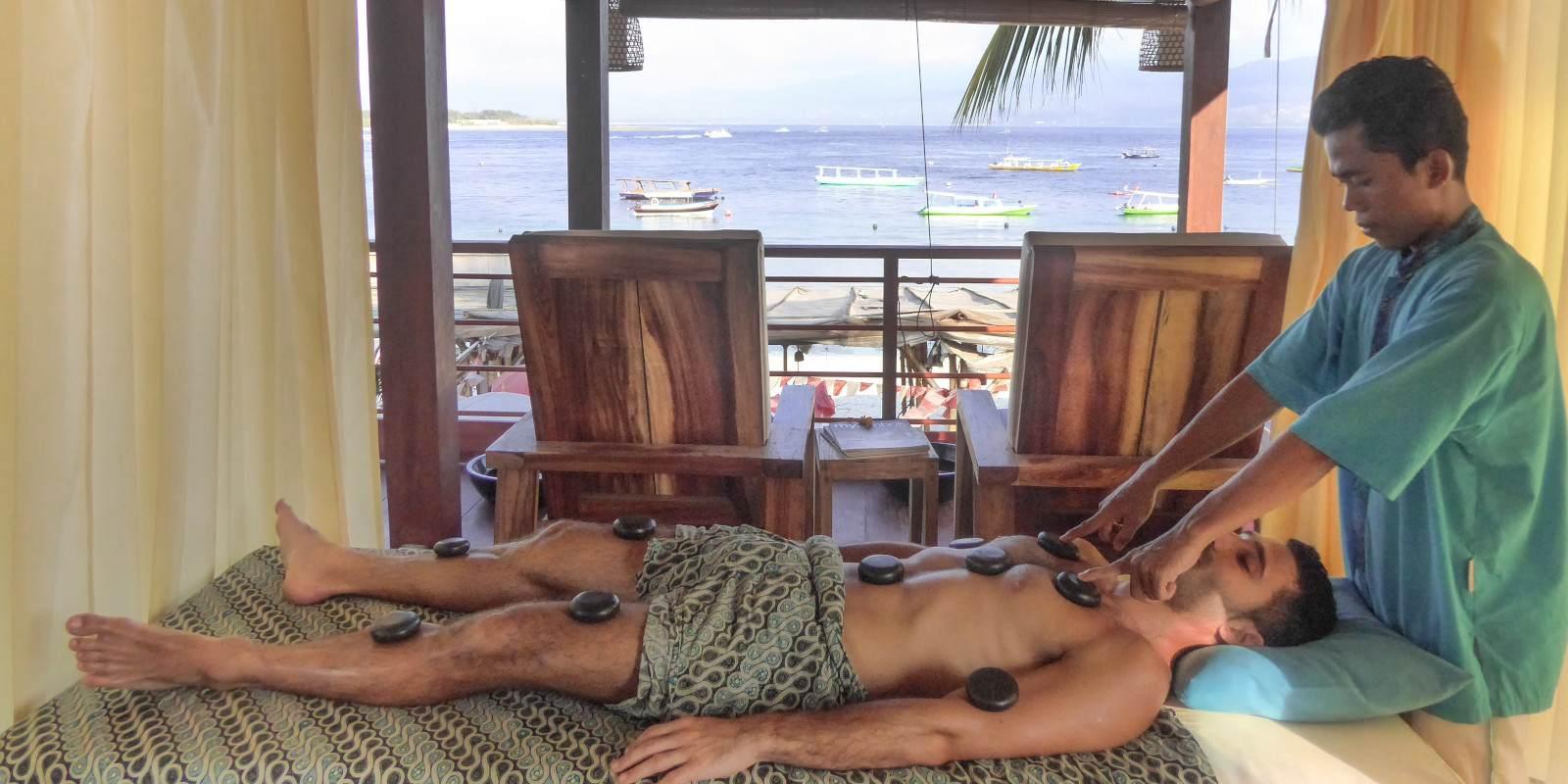 A hot stone massage in gay friendly spa massage on Gili Trawangan