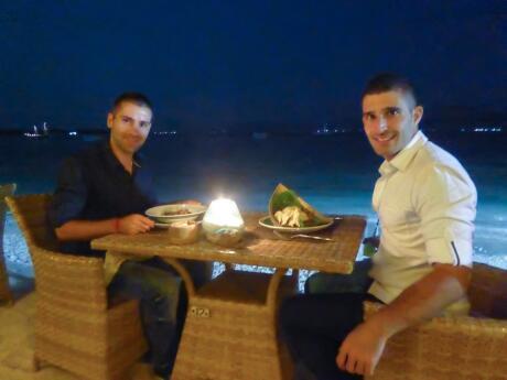 Celebrating Stefan birthday on Gili Trawangan at pearl beach lounge