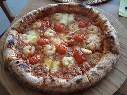 As melhores pizzas que experimentamos em Gili Trawangan são da Francesco Pizzeria