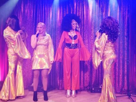 Drag queens on stage at gay bar contramano in Santiago