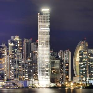 Obtenha um itinerário personalizado por um agente de viagens gay no Panamá
