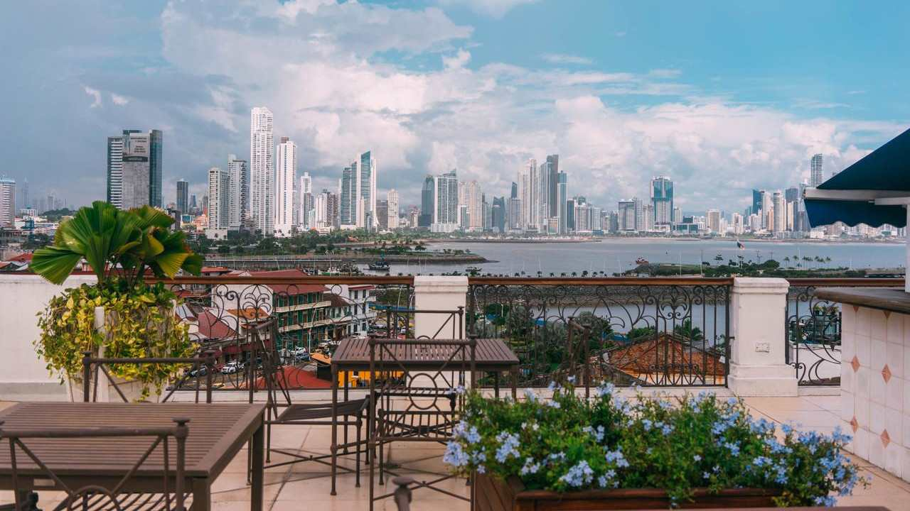 Las Clementinas is a gay friendly boutique hotel in Panama city Casco Viejo
