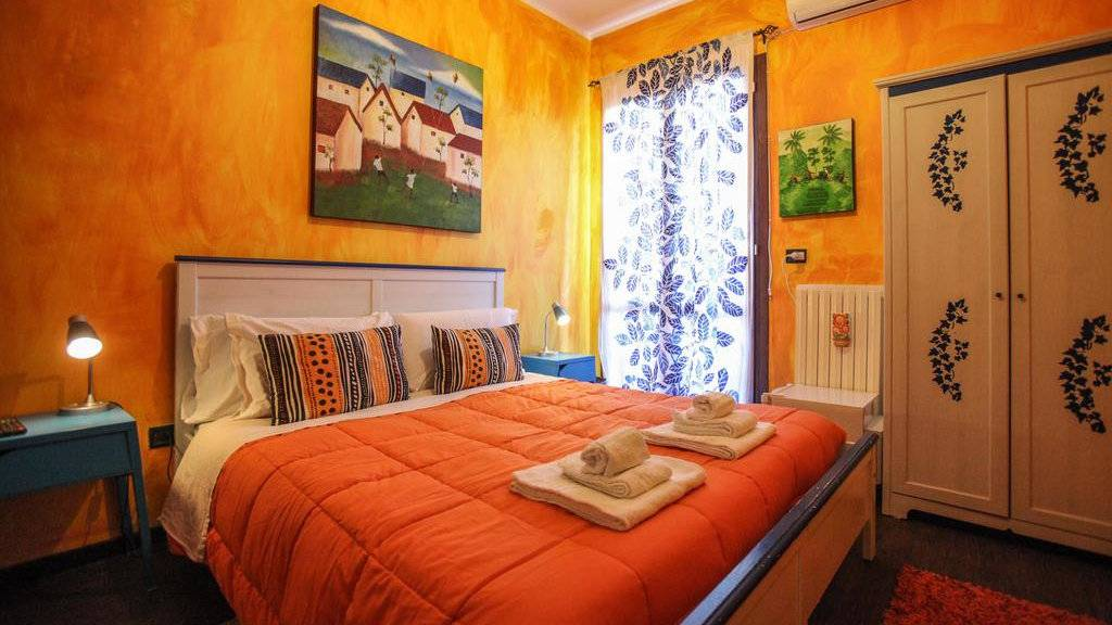 Sottosopra is a gay friendly bed and breakfast in Galliopoli that's perfect for gay travellers on a budget