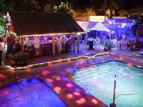 A piscina do Bourbon Street Gay Club em Key West