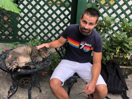 Ernest Hemingway was one of the famous residents in key West with the 6 toed cats