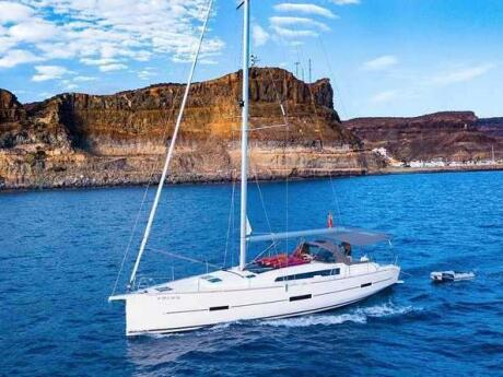 Go on an all-male, all-gay, clothing-optional yacht cruise for a fabulous day out in Gran Canaria!