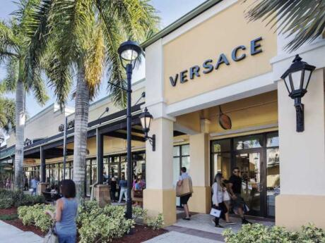 If you like to shop (who doesn't?!) head to the Sawgrass Mills outlet mall in Fort Lauderdale