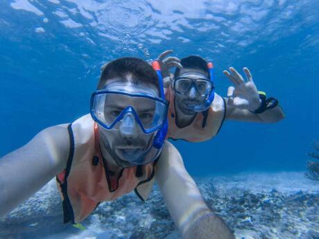 O John Pennekamp Coral Reef State Park, em Key Largo, foi um dos primeiros parques submarinos da América e é um local fantástico para praticar snorkeling em Keys