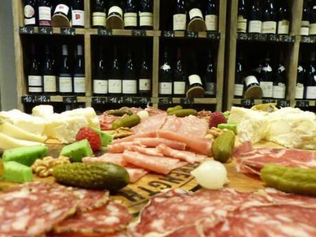 Um passeio gastronômico a pé por Lyon é uma maneira divertida de explorar a cidade, enquanto saboreia todas as delícias da cidade