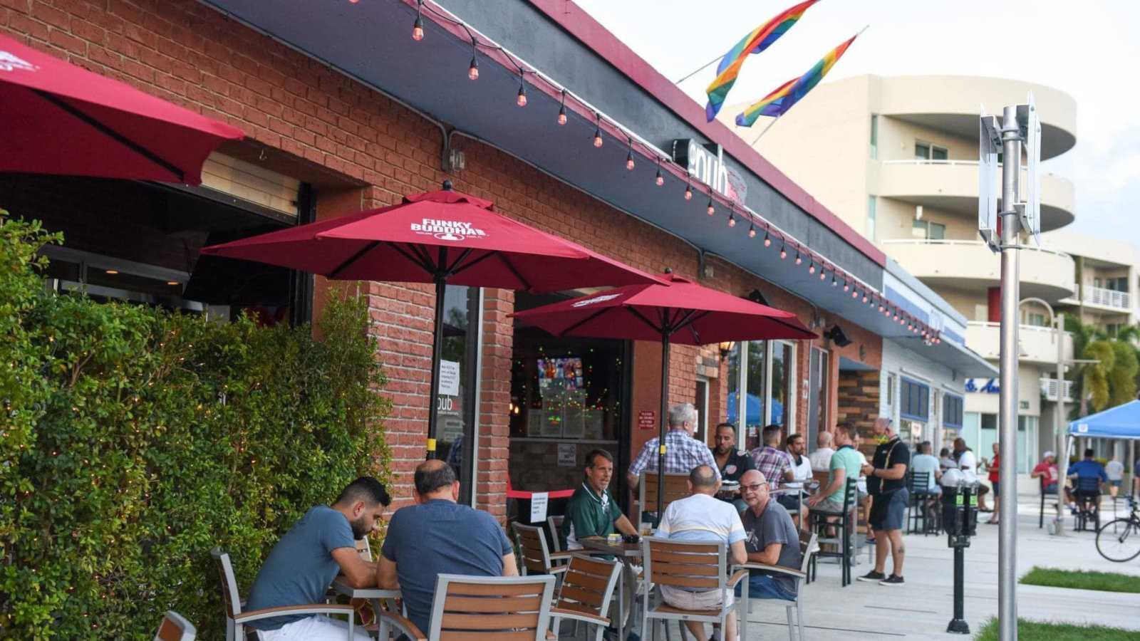 O ThePub em Fort Lauderdale tem hilários shows de drag, boa comida e entretenimento diário