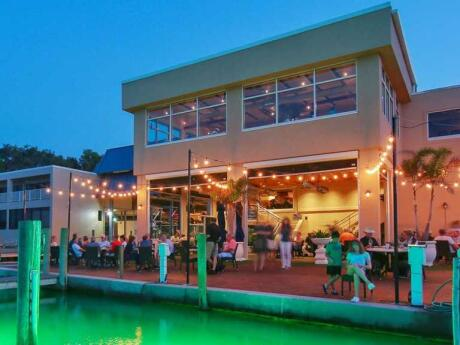 The Drydock Waterfront Grill is our favourite place for fresh seafood in Sarasota