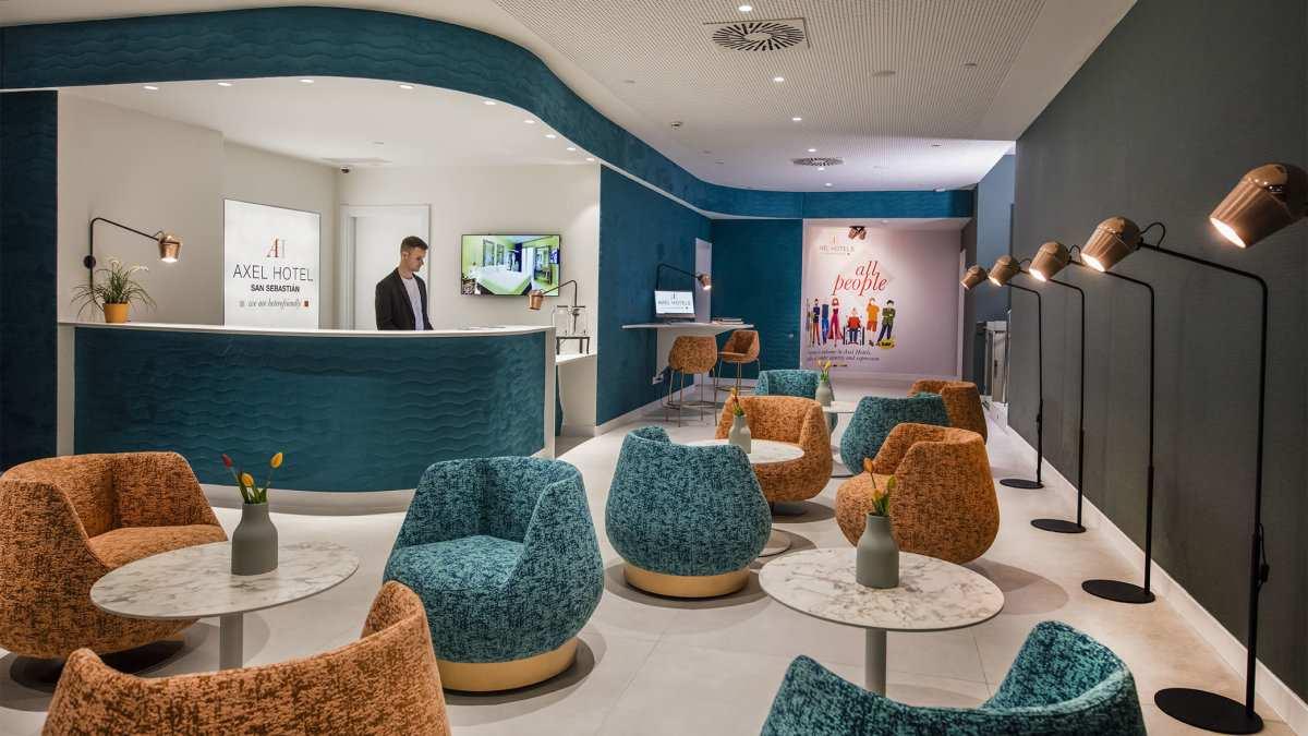 O Axel Hotel em San Sebastian está idealmente localizado para explorar a Cidade Velha e visitar a praia, ou apenas relaxar