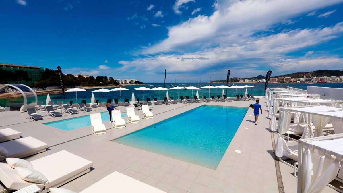 O AxelBeach Ibiza Hotel é um dos melhores hotéis gay de Axel no mundo
